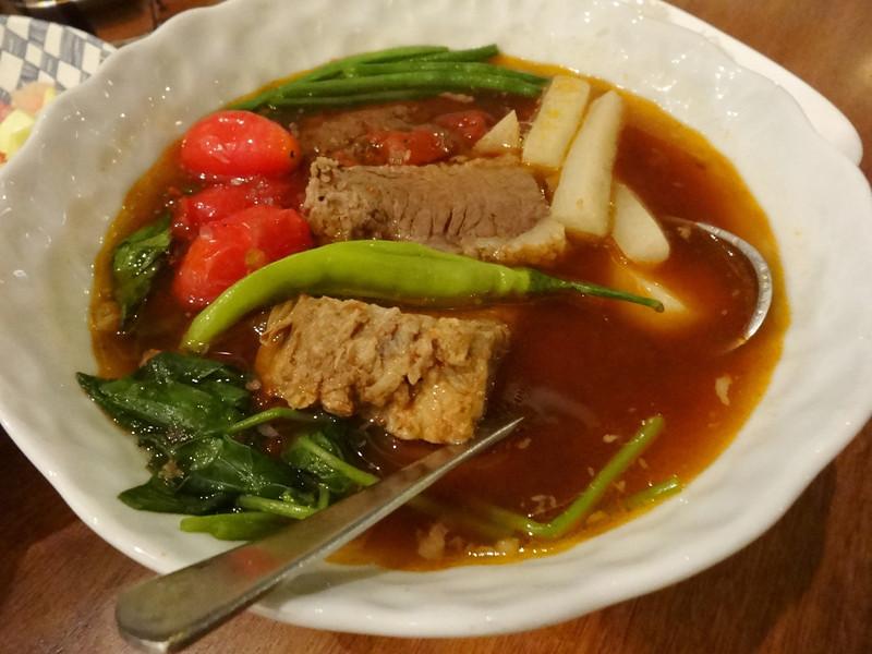 sinigang filipino food